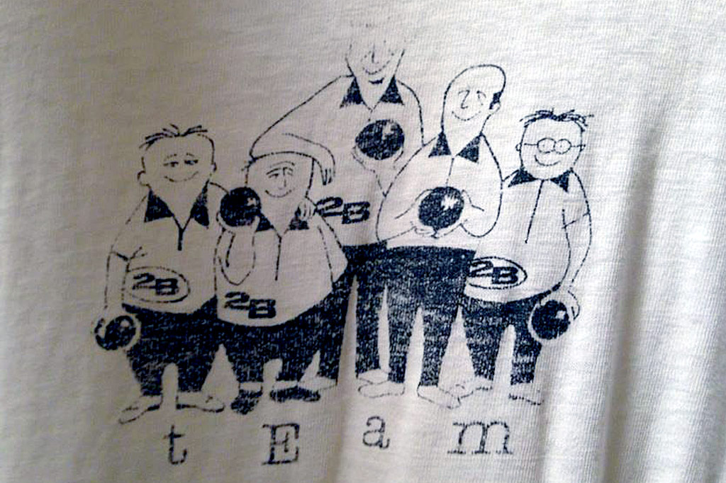 back of the 2B bowling team shirt