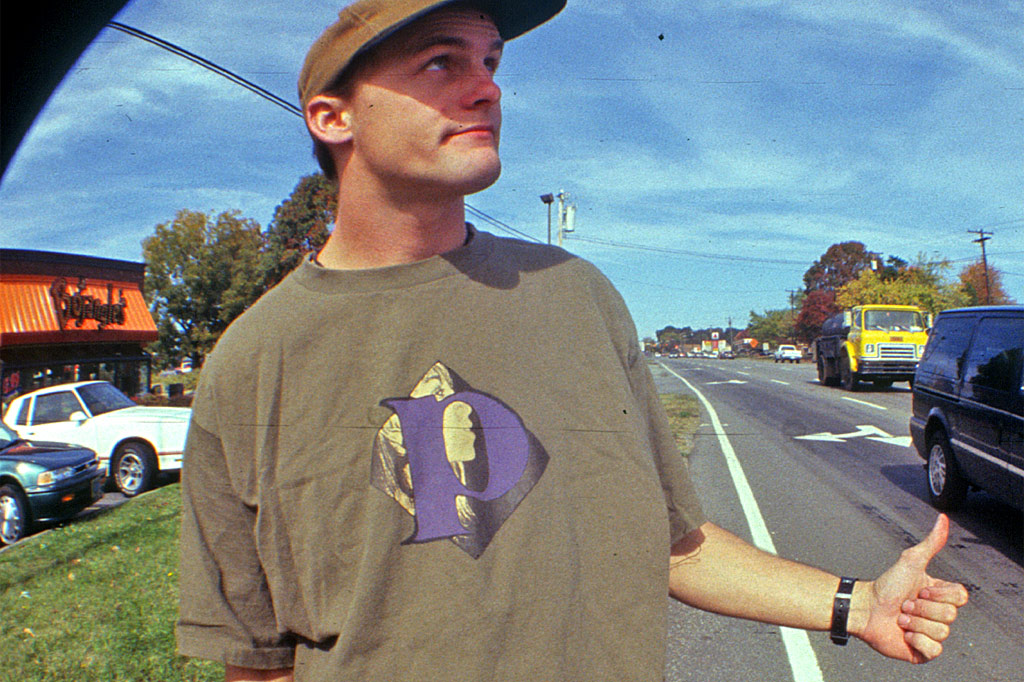 the Friend tee by PLAY 1994